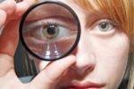 Зрение способно улучшаться в зависимости от ситуации
