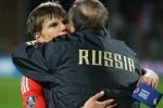 Россия с разгромом вышла на Евро-2012