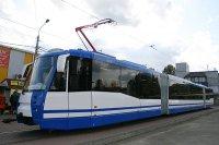 Заканчивается реконструкция станций скоростного трамвая в Киеве