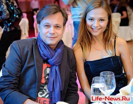 Экс-солист группы «На-На» Владимир Левкин женился на своей поклоннице