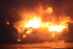 В Новгородской области сгорел завод, жертв нет