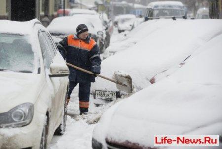 Снегопад в Москве.