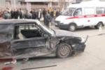 Протаранил две маршрутки и сбил пешехода лихач в Челябинске