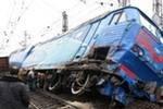 В Краснодарском крае 5 вагонов пассажирского поезда сошли с рельсов и опрокинулись