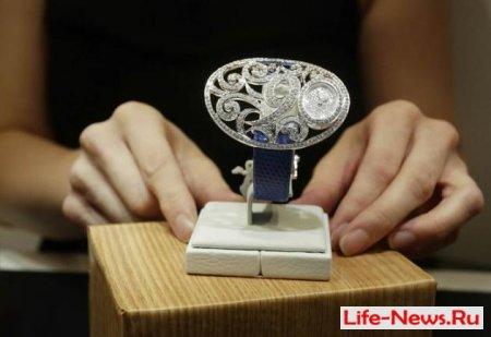 Выставка ведущих мировых производителей часов открылась в Гонконге