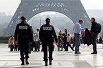 Вооруженный мужчина скрылся от парижских полицейских