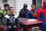 Гроб с телом умершего от рака ребенка несли Супергерои