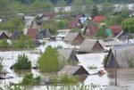 Паводок продолжается на Алтае и в Якутии