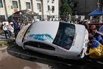 В Киеве националисты устроили провокационную акцию перед российским посольством