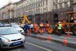 Из-за провала асфальта на Тверской улице образовалась гигантская пробка