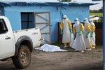 Врач из Норвегии, работая в Западной Африке, заразилась Эболой