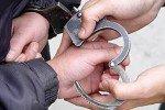Полицейские Кирова задержали пьяного хулигана, ранившего троих блюстителей порядка