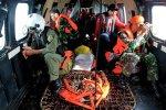Российские водолазы со снаряжением отправились на поиски «черных ящиков» с разбившегося аэробуса