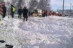 В Курской области маршрутное такси столкнулось на переезде с товарняком, есть пострадавши