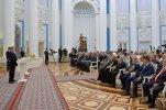 В Екатерининском зале Кремля прошло вручение высоких правительственных наград деятелям экономики, науки, культуры