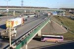 В Москве обрушилось ограждение реконструируемого моста, есть пострадавшие
