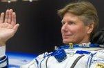 На Землю вернулась космическая вахта во главе с рекордсменом