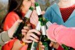 Госдума рассматривает законопроект о запрете продажи алкоголя лицам младше 21 года