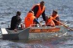 В Челябинской области на озере перевернулась перегруженная лодка