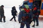 Экипажи вмерзших в лед Индигирки судов эвакуированы